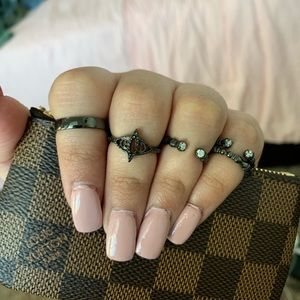 Kendra Scott Midi Rings set of 5